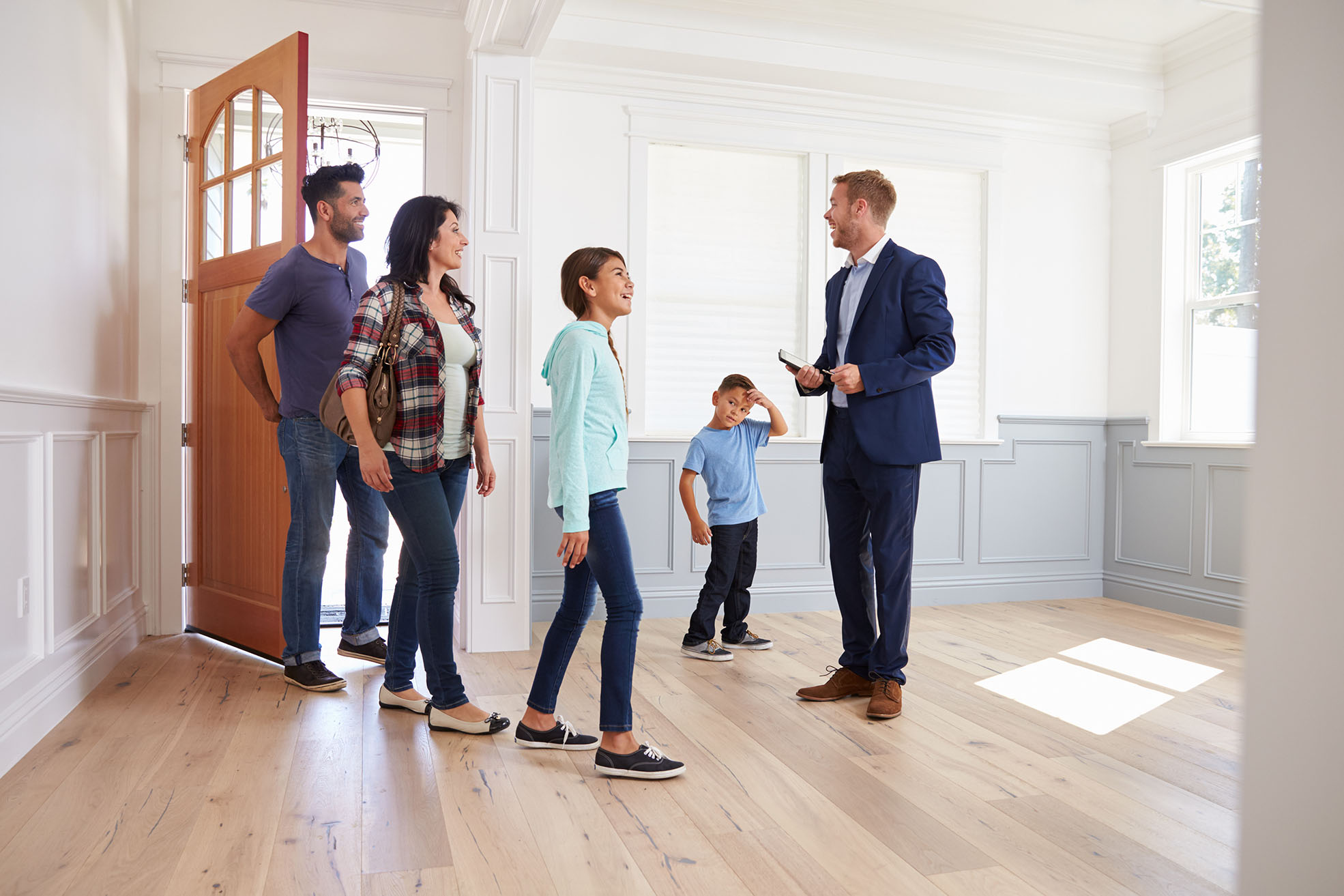 Real Estate Marketing: Tips on How to Gain and Close More Deals